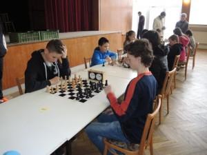 šach. turnaj 4